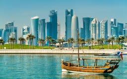 Παραδοσιακά αραβικά dhows σε Doha, Κατάρ Στοκ Φωτογραφίες