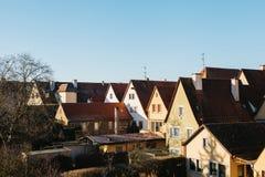 Παραδοσιακά γερμανικά σπίτια σε Rothenburg ob der Tauber στη Γερμανία Ευρωπαϊκή πόλη αρχιτεκτονική Στοκ Εικόνα