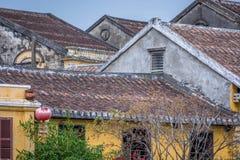 Παραδοσιακά ελαφριά φανάρια σε Hoi ένα τοπίο πόλεων στο ηλιοβασίλεμα, προορισμός ταξιδιού του Βιετνάμ στοκ φωτογραφία