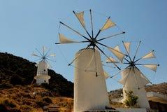 παραδοσιακά ελληνικά windmils Στοκ φωτογραφίες με δικαίωμα ελεύθερης χρήσης