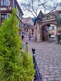 Παραδοσιακά ζωηρόχρωμα σπίτια στο Λα λεπτοκαμωμένη Γαλλία, Στρασβούργο, Αλσατία, Γαλλία Στοκ φωτογραφία με δικαίωμα ελεύθερης χρήσης