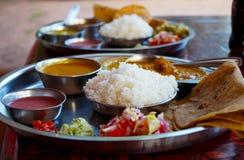Παραδοσιακά ινδικά τρόφιμα - thali Στοκ Εικόνες