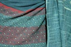 Παραδοσιακά κοστούμια που υφαίνονται με τα λαϊκά κλωστοϋφαντουργικά προϊόντα βαμβακιού/της Ταϊλάνδης Στοκ εικόνα με δικαίωμα ελεύθερης χρήσης