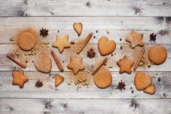 Παραδοσιακά μπισκότα και καρυκεύματα πιπεροριζών Στοκ Φωτογραφίες