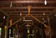 Παραδοσιακά ξύλινα σπίτια στο Kuching στο χωριό πολιτισμού Sarawak Εσωτερική Μαλαισία Στοκ Φωτογραφία