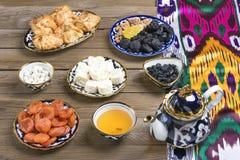 Παραδοσιακά του Ουζμπεκιστάν γλυκά στοκ εικόνες