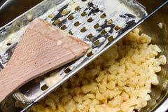 Παραδοσιακά τρόφιμα - ουγγρική κατασκευή νουντλς στοκ φωτογραφία με δικαίωμα ελεύθερης χρήσης