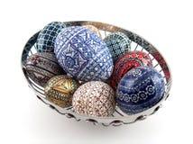 Παραδοσιακά χρωματισμένα αυγά στοκ φωτογραφίες