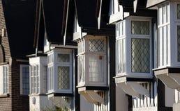 παραδοσιακά Windows της Αγγλί&alph στοκ φωτογραφίες