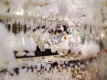 Παραδοσιακή αγορά Χριστουγέννων με τα χειροποίητα αναμνηστικά, Στρασβούργο στοκ φωτογραφία με δικαίωμα ελεύθερης χρήσης