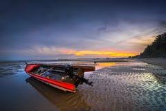 Παραδοσιακή βάρκα θαυμάσια Ινδονησία νησιών Bintan στοκ φωτογραφίες