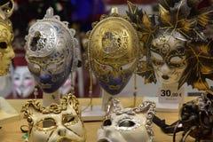 Παραδοσιακή ενετική μάσκα στο κατάστημα στην οδό, Βερόνα Ιταλία Στοκ φωτογραφίες με δικαίωμα ελεύθερης χρήσης
