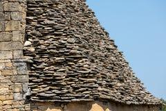 Παραδοσιακή κεραμωμένη στέγη στο Dordogne, το οποίο ενώ μόλις αρκετά κοινός στην περιοχή γίνεται πολύ σπάνιος Aquitaine, στοκ εικόνα