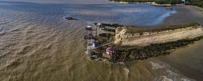 Παραδοσιακή ξύλινη καλύβα ψαράδων στην εκβολή Gironde, meschers-sur-Gironde στοκ φωτογραφίες με δικαίωμα ελεύθερης χρήσης