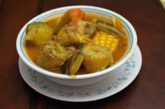 Παραδοσιακή σούπα της Ονδούρας της αγελάδας stomach sopa de mondongo στοκ εικόνες με δικαίωμα ελεύθερης χρήσης