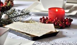 Παραδοσιακός πολωνικός πίνακας Χριστουγέννων με την άσπρη γκοφρέτα Χριστουγέννων Στοκ φωτογραφίες με δικαίωμα ελεύθερης χρήσης