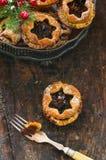 Παραδοσιακός σπιτικός κομματιάζει τις πίτες Στοκ Εικόνες