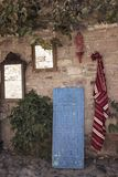 Παραδοσιακός τάπητας κουβερτών και παλαιοί καθρέφτες στοκ εικόνες με δικαίωμα ελεύθερης χρήσης