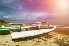 Παραδοσιακό αλιευτικό σκάφος, ξύλινη βάρκα, ξύλινο κανό στοκ φωτογραφίες με δικαίωμα ελεύθερης χρήσης