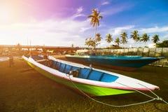 Παραδοσιακό αλιευτικό σκάφος, ξύλινη βάρκα, ξύλινο κανό στοκ εικόνα