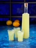 Παραδοσιακό ιταλικό limoncello ή limoncino ηδύποτου στοκ φωτογραφία