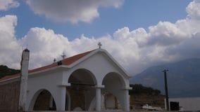 Παραδοσιακό κτήριο Ορθόδοξων Εκκλησιών της Ελλάδας στην εγκαταλειμμένη πόλη, Κρήτη φιλμ μικρού μήκους