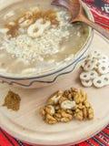 Παραδοσιακό ρουμανικό mucenici πιάτων Μαρτίου Στοκ Εικόνες