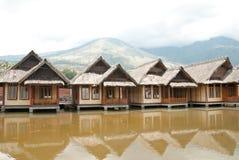Παραδοσιακό σπίτι ξυλοποδάρων στοκ εικόνες