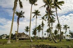 Παραδοσιακό χωριό ψαράδων που βρίσκεται σε Terengganu, Μαλαισία που περιβάλλεται από το δέντρο καρύδων Στοκ εικόνες με δικαίωμα ελεύθερης χρήσης