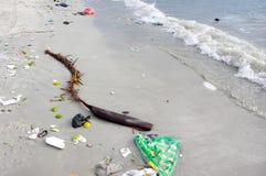 Παρακαλώ συντηρήστε το περιβάλλον της θάλασσας στοκ εικόνες