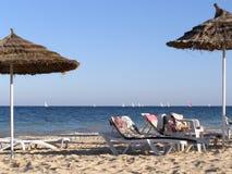 παραλία ηλιόλουστη Στοκ εικόνα με δικαίωμα ελεύθερης χρήσης