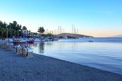 Παραλία και λιμένας Bodrum το πρωί Στοκ Φωτογραφίες