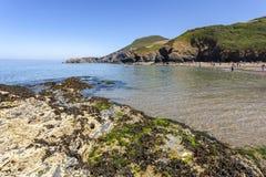 Παραλία και Pendinas Lochdyn Llangrannog στοκ εικόνες