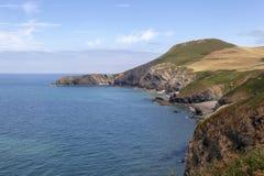 Παραλία και Pendinas Lochdyn Llangrannog στοκ φωτογραφίες με δικαίωμα ελεύθερης χρήσης