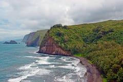 Παραλία κοιλάδων Polulu στο μεγάλο νησί στη Χαβάη Στοκ Φωτογραφία