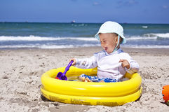 παραλία μωρών στοκ φωτογραφία με δικαίωμα ελεύθερης χρήσης