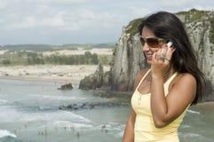 παραλία που καλεί τη γυν&al Στοκ φωτογραφίες με δικαίωμα ελεύθερης χρήσης