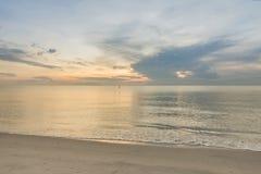 Παραλία πρωινού Στοκ φωτογραφία με δικαίωμα ελεύθερης χρήσης