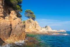 Παραλία σε Κόστα Μπράβα, Lloret de Mar στοκ φωτογραφίες