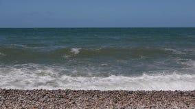 Παραλία σε Etretat Νορμανδία Γαλλία απόθεμα βίντεο