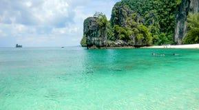 Παραλία της Hong στο νησί της Hong, Koh Hong, επαρχία Krabi, θάλασσα Andaman, Ταϊλάνδη στοκ εικόνα με δικαίωμα ελεύθερης χρήσης