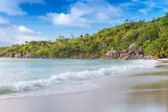 Παραλία του Λάτσιο Anse σε Praslin - τις Σεϋχέλλες Στοκ Φωτογραφίες