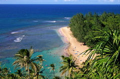 παραλία όμορφο kauai Στοκ φωτογραφίες με δικαίωμα ελεύθερης χρήσης