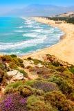 Παραλία Patara στη μεσογειακή ακτή της Τουρκίας επάνω από την όψη Στοκ Φωτογραφίες