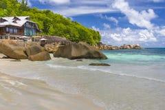 Παραλία Takamaka Anse, Σεϋχέλλες Στοκ φωτογραφία με δικαίωμα ελεύθερης χρήσης