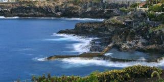 Παραλία Tenerife Κανάρια νησιά tenerife Φυσική πισίνα Στοκ Εικόνες