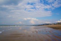 Παραλία Trouville με άμπωτη Στοκ Εικόνες