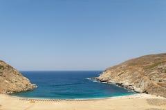 Παραλία Zorgos στο νησί Άνδρου στην Ελλάδα Ένας όμορφος προορισμός ταξιδιού στοκ φωτογραφίες με δικαίωμα ελεύθερης χρήσης