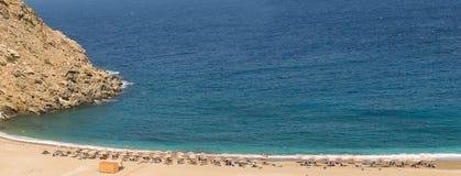 Παραλία Zorkos στο νησί Άνδρου στην Ελλάδα Ένας όμορφος προορισμός στοκ εικόνες