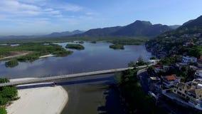 Παραλίες και παραδεισιακές θέσεις, θαυμάσιες παραλίες σε όλο τον κόσμο, Restinga της παραλίας Marambaia, Ρίο ντε Τζανέιρο, Βραζιλ απόθεμα βίντεο